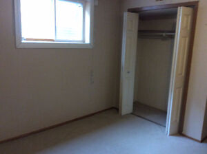 2 BEDROOM BASEMENT SUIT FOR RENT( NEW RENOVATED)