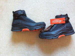 Icon Accelerant Waterproof Boots-NEW-STILL IN THE BOX-$130