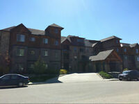 GREAT LOCATION- 1 Bed +Den, 2Bath Ground Floor Condo