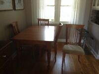 Maple dining table and 6 chairs - moving sale