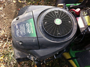 Briggs & Stratton 24hp V-Twin Engine Riding Mower Garden Tractor