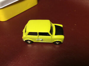 CORGI  MR. BEAN MINI 1/36 SCALE DIECAST CAR