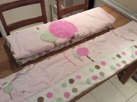 Cot bed quilt and bumper guard