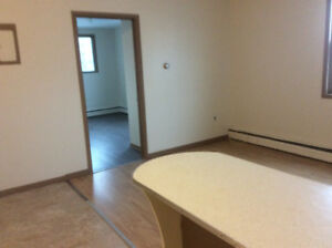 2 bedroom apartment downtown Shelburne