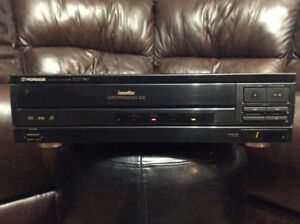 PIONEER CLD 980 LASERDISC PLAYER/VIDEO CD/CD PLAYER COMBO