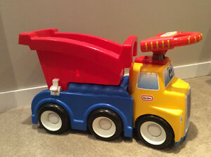 Little Tikes Sit and Stand Dump Truck