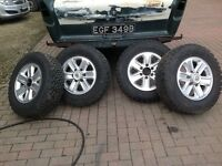 Vauxhall navara Alloy wheels new tyres