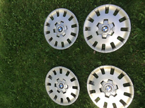 BMW Wheel Cover 36 13- 094 870      15 inch 15 pouces