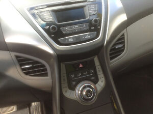 2013 Hyundai Elantra GLS Sedan Peterborough Peterborough Area image 6
