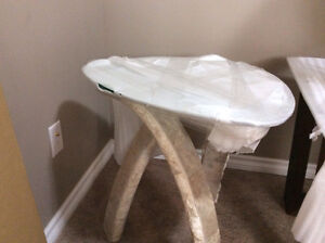 2 brand new coffee tables