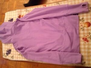 LULULEMON SIZE 2 Tights  and Stride Jacket EXCELLENT CONDITION  Kingston Kingston Area image 3