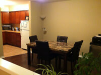 Great Room at Waterfront / Downtown - Aug 1 st.