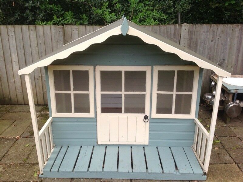Childrens Wendy Summer Play House With Furniture In Ipswich