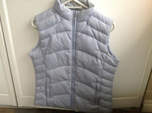 WOMEN'S MONDETTA DOWN FILLED VEST- SIZE MEDIUM