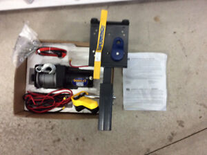 Treuil/winch avec attelage hitch 2'' neuf!!!
