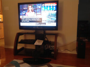 47 in LG LCD  TV - Excellent picture