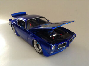 FOR SALE:  1972 PONTIAC TRANS AM BIGTIME MUSCLE 1:24 scale