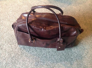 Carry Bag.. Brown leather like material.. High Quality