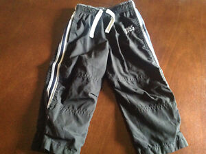OshKosh size 2T sports pants