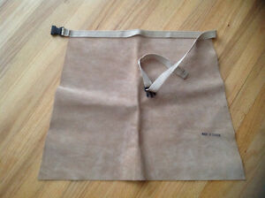Wood carver cowhide leather lap apron Gatineau Ottawa / Gatineau Area image 1