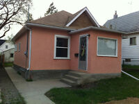 TWO BEDROOM HOUSE IN MOOSE JAW 89,000