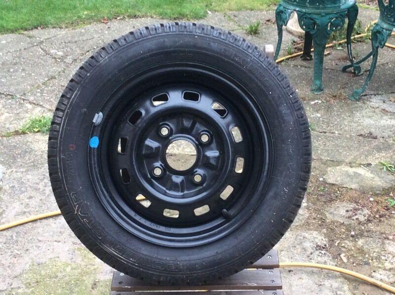 Daewoo matiz wheel and tyre