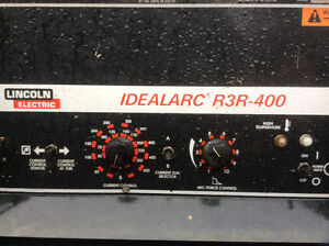 Welder Lincoln Electric R3R-400 IDEALARC very low hours $2200.00