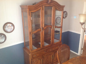 China Cabinet + Hutch, solid wood LIKE NEW!