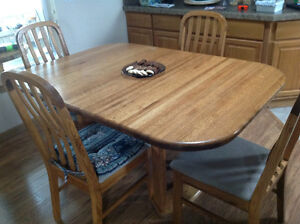 Dining table w/6 Chairs & China Hutch