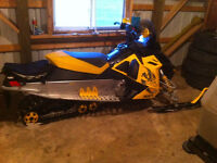 2008 800 SKI DOO MXZ SNOWMOBILE FOR SALE