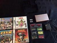Nintendo ds lite avec 5 jeux de ds et 8 jeux de gameboy