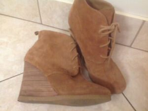 Steve Madden suede wedge boots