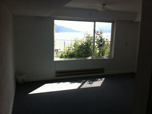 Large room, bright LAKE VIEW shared ground level AVAIL JULY 1st