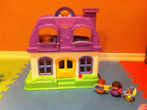 Dollhouse: Little People Happy Sounds Home