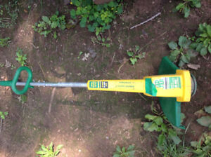 """12"""" Electric Weed Eater Lawn Trimmer 3.1 A - good working order"""