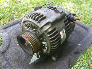 Toyota 1UZFE Alternator, oval plug #32