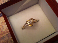 10KT Solid Yellow gold ring with diamond 0.020ct,