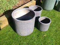 Set of 3 grey washed fibreclay planters Unused