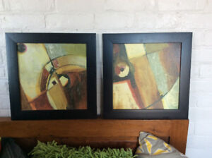 PAIR (2) MATCHING PICTURES FRAMED WALL PICTURES ART WORK
