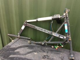 Auto chair 12 volt 200kg wheelchair, person van , pickup hoist crane can post