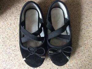 Child dress shoes
