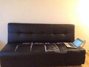 SOFABED/ futon