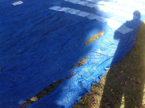 Pool net for leaves / cover 20' by 40' with 10 weight bags Cornwall Ontario image 2