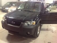 ****PRICE REDUCED - 2006 Ford Escape XLT SUV, Crossover