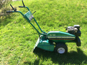Heavy duty roto-tiller Briggs and Stratton engine
