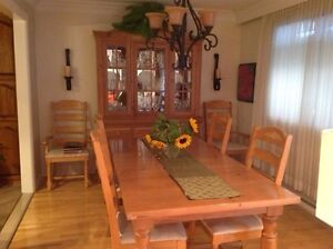 Flawless dining room set West Island Greater Montréal image 1