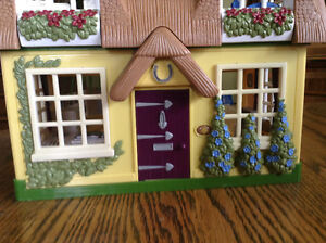 STEP 2 DOLLHOUSE WHIT SOUNDS MUSIC WHITH BUILT IN FURNITURE Gatineau Ottawa / Gatineau Area image 6
