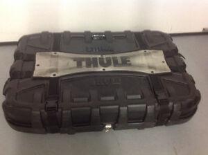 Boite de transport Thule  pour vélo a louer