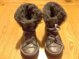 Girls Next Grey Silver Boots Shoes Size 11