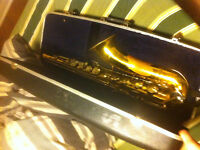 VERY USED VERY CHEAP ARMSTRONG TENOR SAX WITH CASE!!